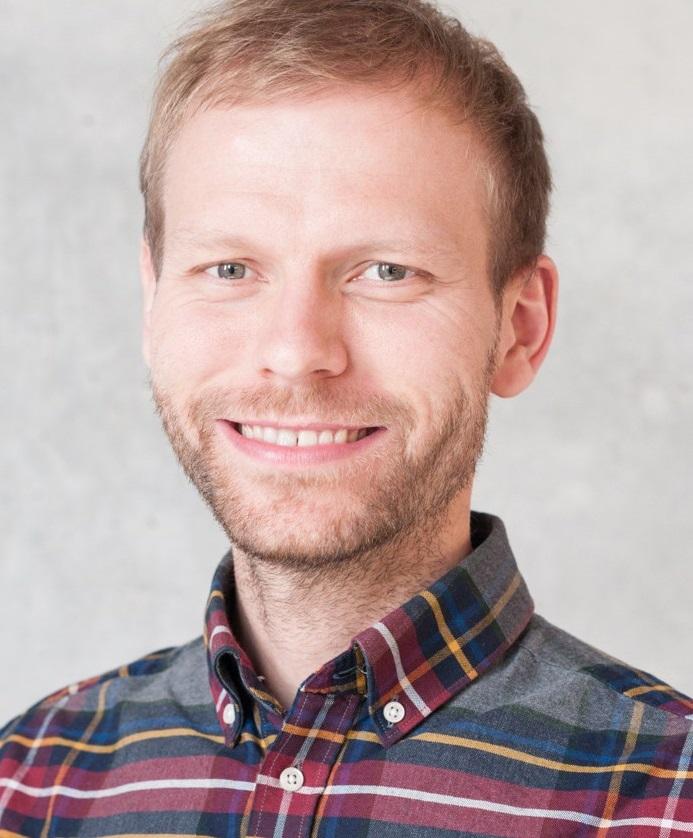 Dr. Christian Neumann